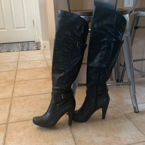 Knee-high Black G by Guess boots. Size 8.5
